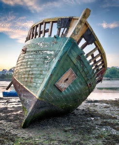 """Before Cornwall was a tourist mecca, """"wreckers"""" used to lure ships onto the rocks with lanterns."""