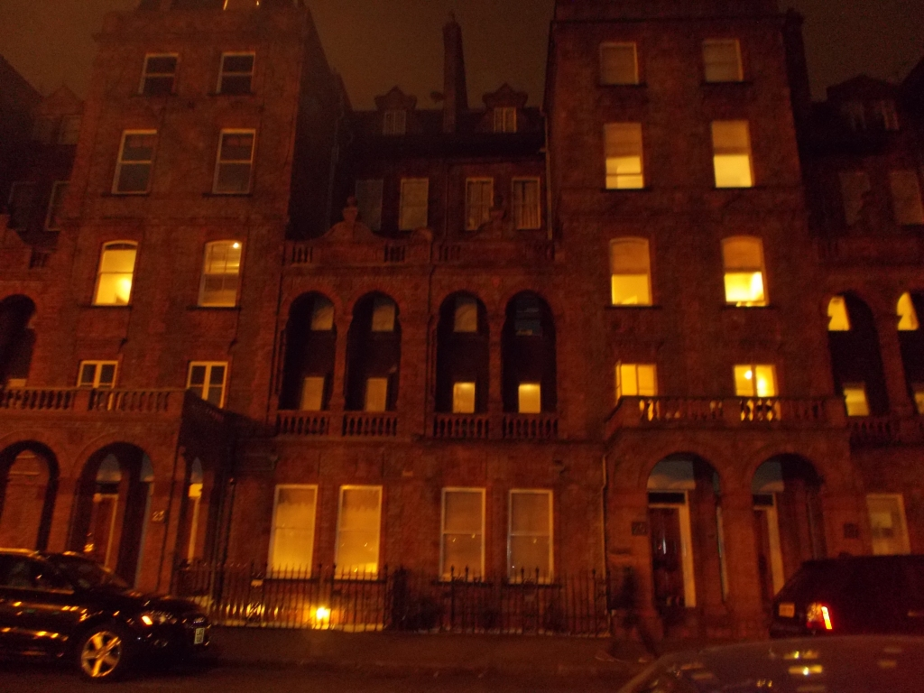 Walking around Kensington by night. You know, it's probably just an office building or something, but I was so in love, I was snapping photos of everything I saw.