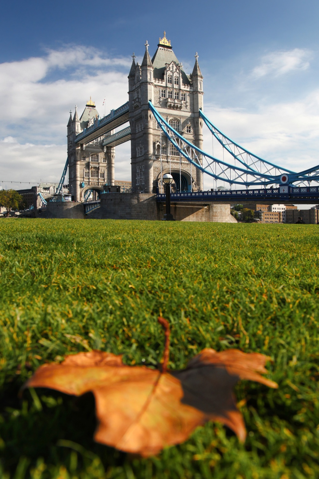 autumn-tower-bridge